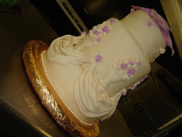 1236740394985 DSC04764 Greenville wedding cake