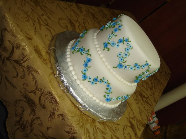1242612282062 DSC05024 Greenville wedding cake