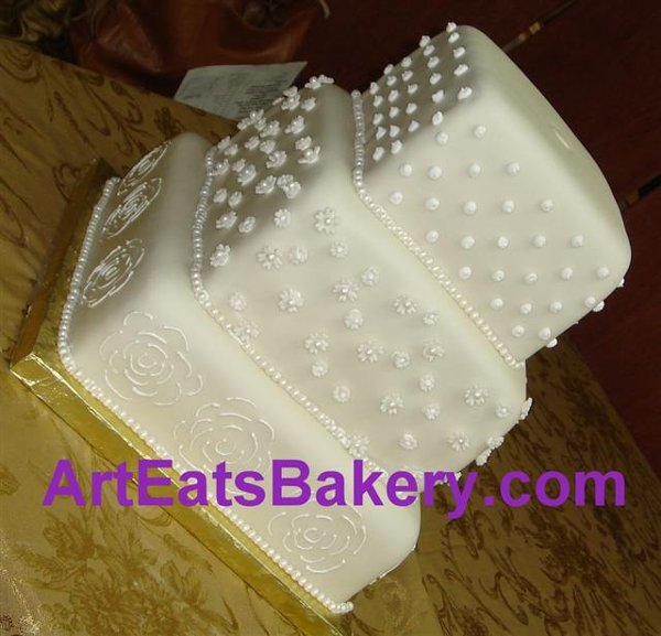 1279494573171 Square20fondant20wedding20cake20with20sugar20flowers20and20pearls Greenville wedding cake