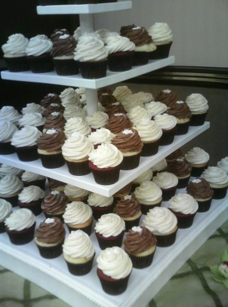 photo 10 of SAS Cupcakes