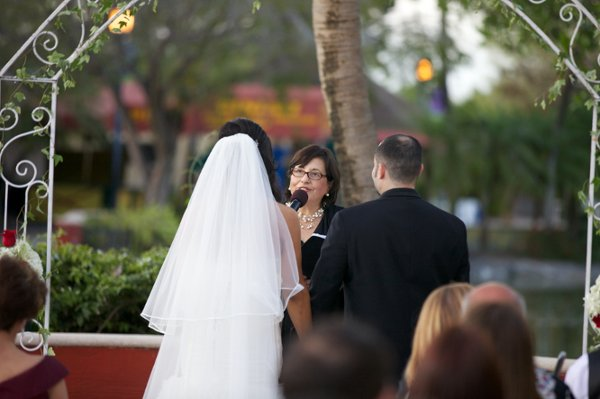 photo 1 of FloridaWeddingsbyCecilia (Officiant)