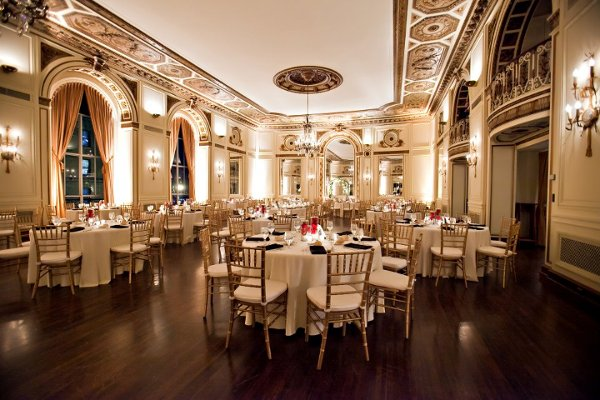 Colony club detroit detroit mi wedding venue for Honeymoon spots in michigan