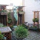 130x130 sq 1223392914957 courtyardview
