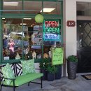 130x130 sq 1289507551398 storefront