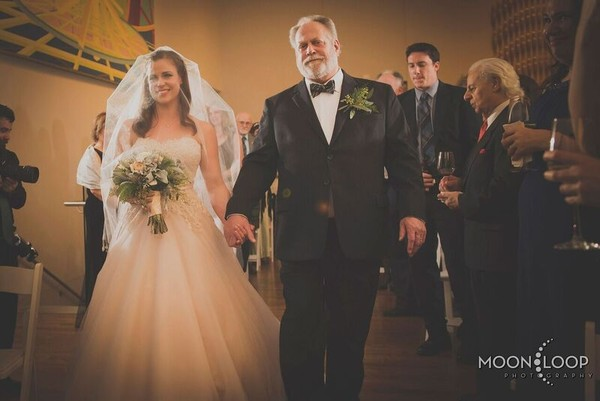 600x600 1484586577796 7. bride and father