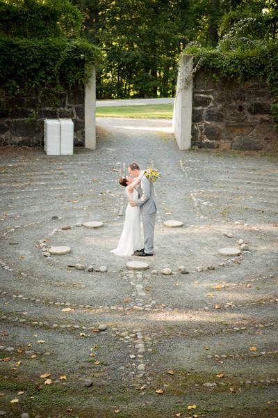 600x600 1493057146331 wedding 240