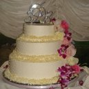 130x130 sq 1221437577918 whitechoc.weddingcake
