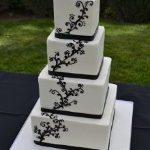 220x220 sq 1358895971331 blackfiligreeweddingcake