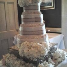Susie S Sweets Wedding Cake Burns Tn Weddingwire
