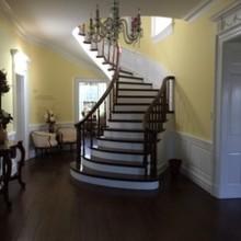 220x220 sq 1410794597053 stair case 1