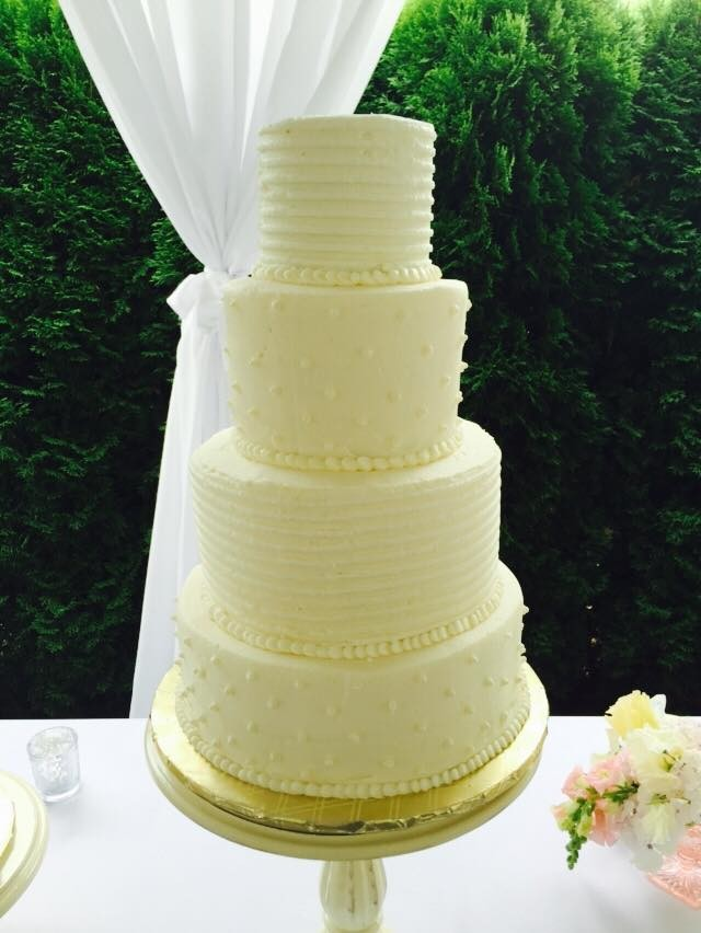 Simply Caketastic - Wedding Cake - Marysville, WA - WeddingWire