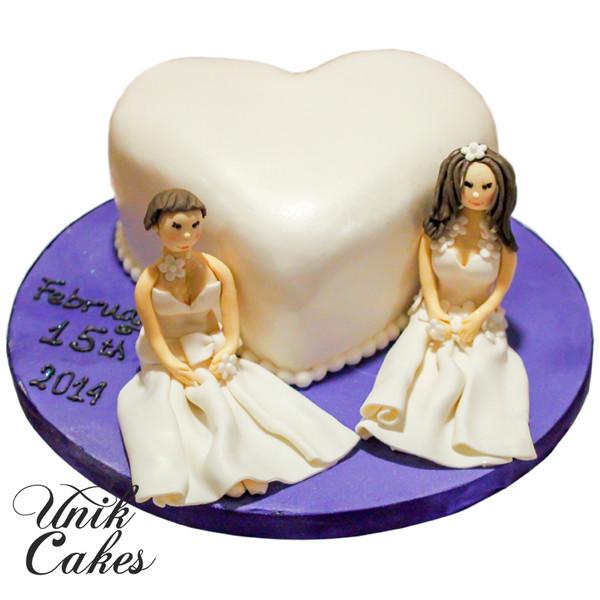600x600 1432744065112 two brides wedding cake