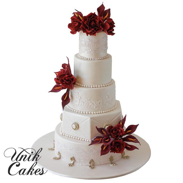 600x600 1443130159817 black magic rose wedding cake