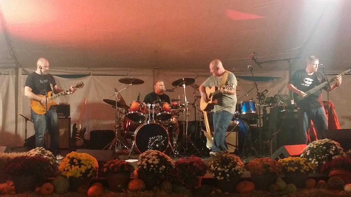 Big Daddy Kingfish Band Huntsville Al Weddingwire