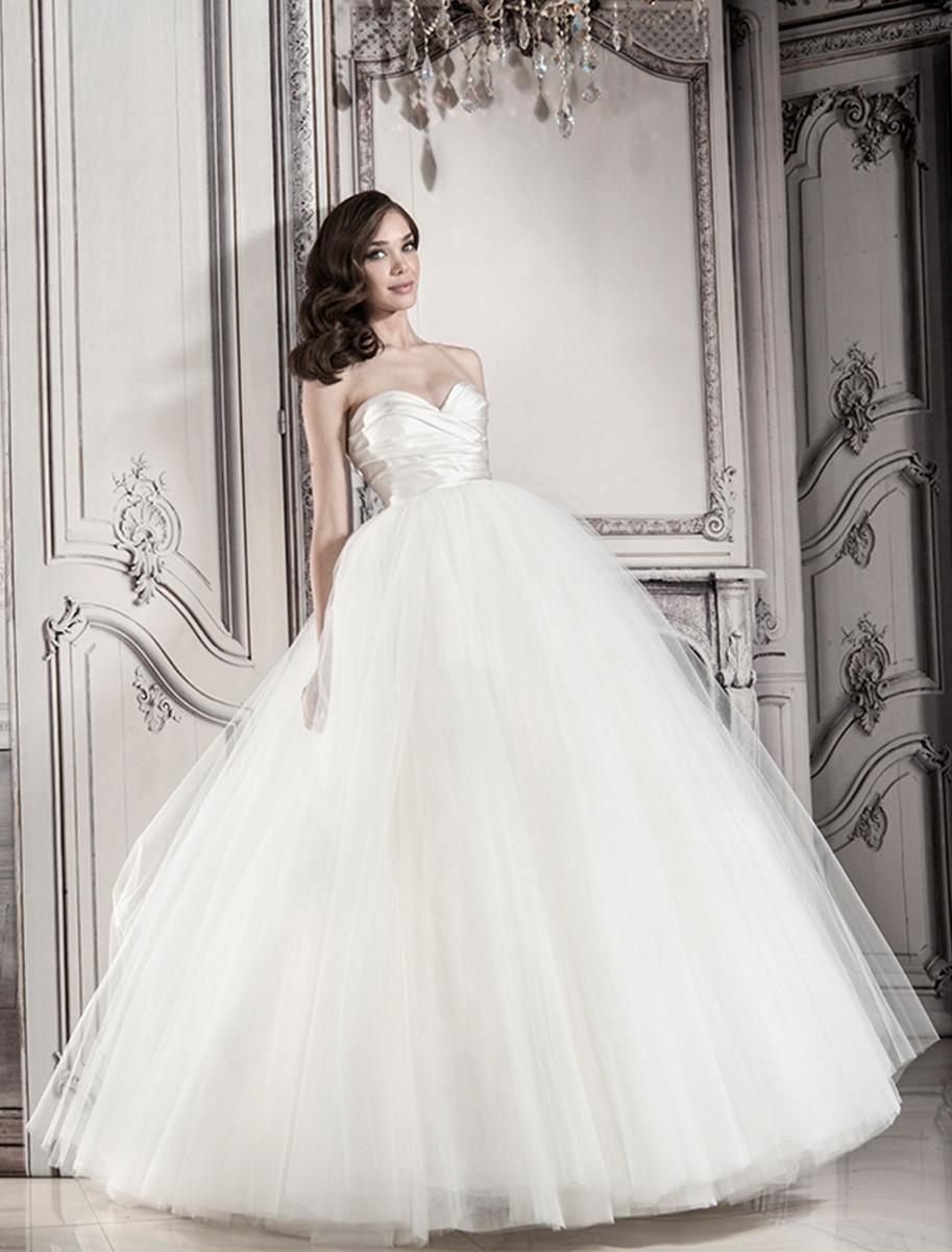 Pnina Tornai For Kleinfeld Wedding Dresses Photos By Kleinfeld Bridal