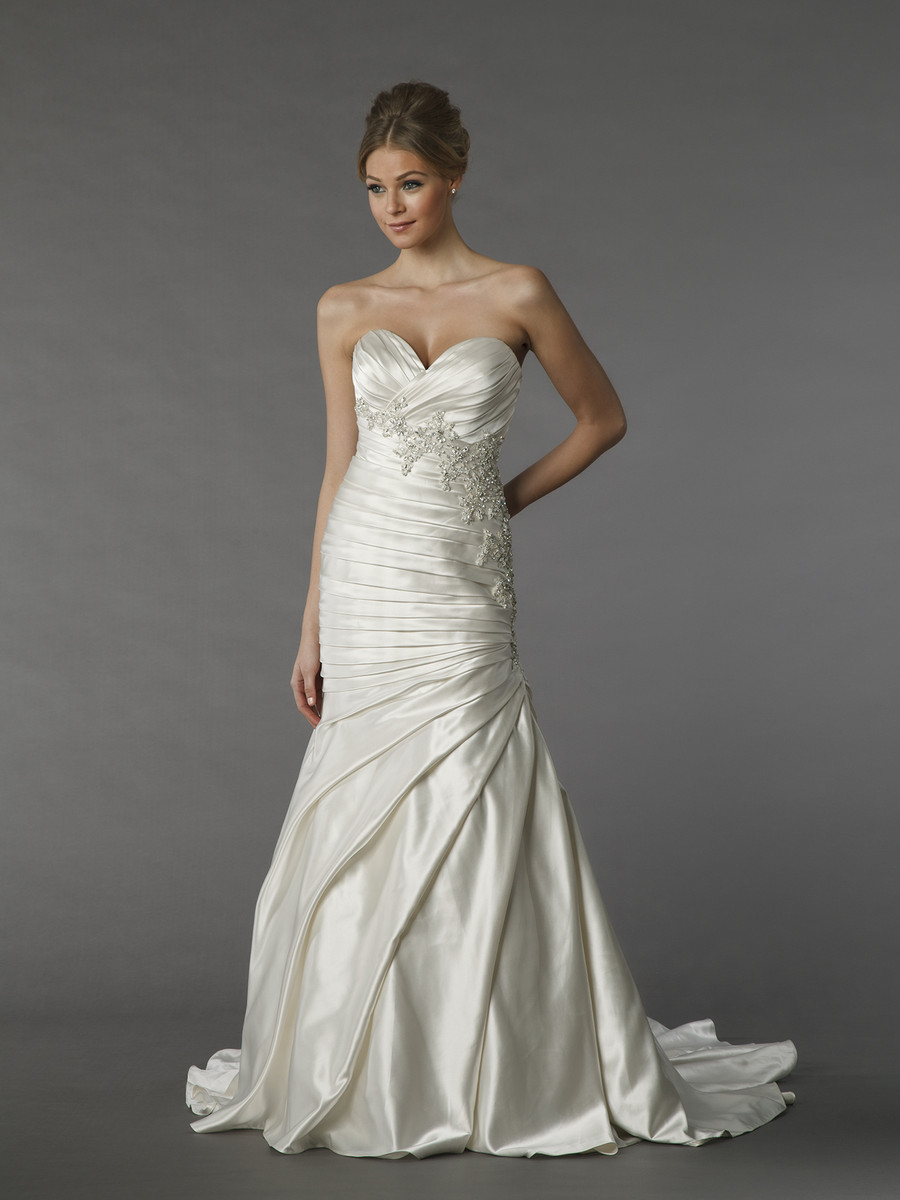 Kleinfeld collection wedding dresses photos by kleinfeld for Rent wedding dress dc