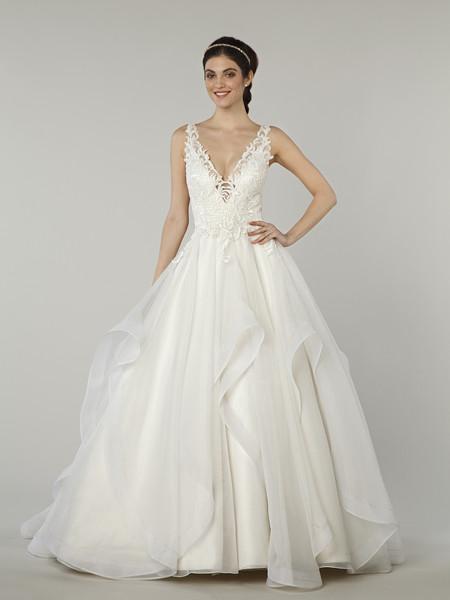 Kleinfeld bridal new york ny wedding dress for Wedding dress preservation nyc