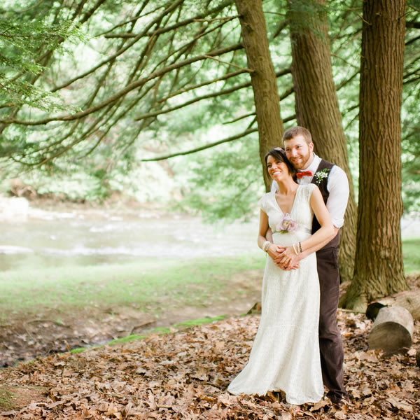 Woodsy Pennsylvania Camp Wedding Wedding Real Weddings Photos By Veronica Varos Photography