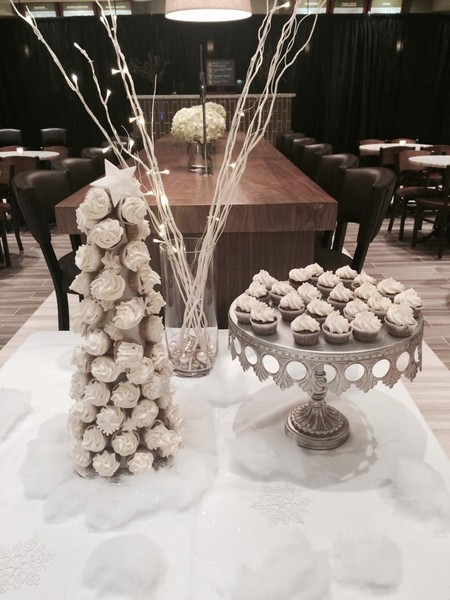 1428366962575 White Christmas Cupcake Tree Tampa wedding cake