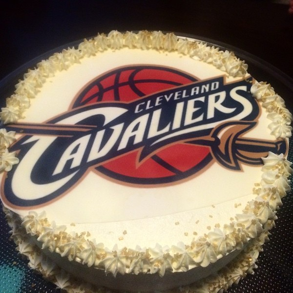 1428367134114 Cavs Cake Tampa wedding cake