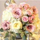 This centrepiece exudes an old Hollywood charm with modern day appeal. The soft elegance of beautiful blooms in subtle shades of blush, champagne, and mint. This is the Vintage Blush Collection. shop online at: http://www.bloomdarling.com/