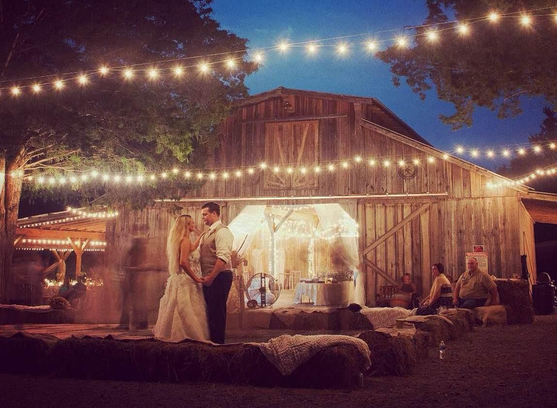 Avans Farm Venue Brush Creek Tn Weddingwire