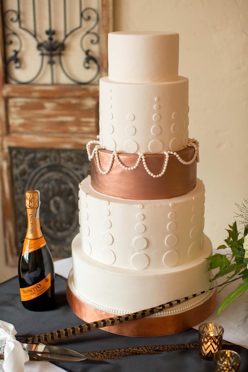 Cake Art Mo : Cardinal Cake Company - Wedding Cake - Blue Springs, MO ...