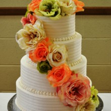 220x220 sq 1421094901051 flower wedding cake 1