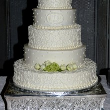 220x220 sq 1421095545173 wedding cake 2