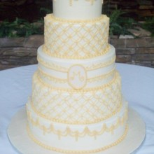 220x220 sq 1421095579132 wedding cake 4