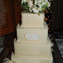 220x220 sq 1421095588118 wedding cake 6