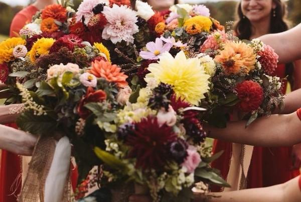 the farmer 39 s daughter flowers pittsburgh pa wedding florist. Black Bedroom Furniture Sets. Home Design Ideas