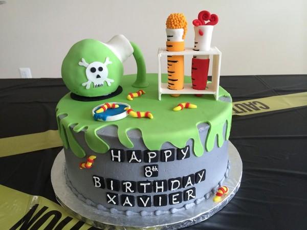 600x600 1450330913369 mad scientist cake pic1