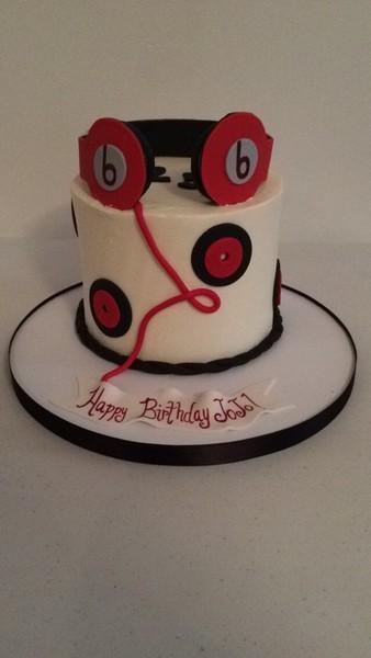 600x600 1450421451317 jojo beats cake