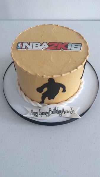 600x600 1460383754504 nba2k16 cake