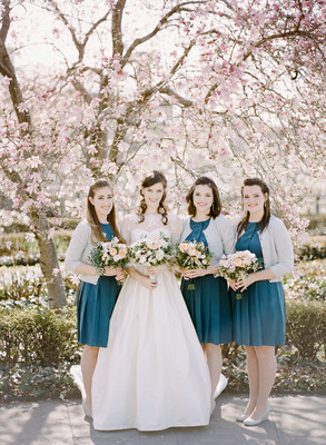 Romantic new york garden wedding wedding real weddings for Bridesmaid dresses for april wedding