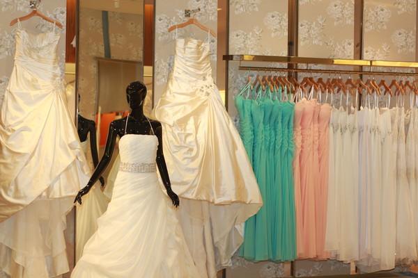 White couture bridal jacksonville fl wedding dress for Wedding dress jacksonville fl