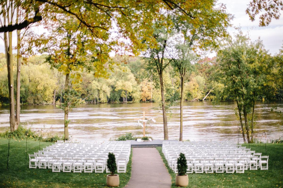 Leopold 39 S Mississippi Gardens Venue Minneapolis Mn Weddingwire