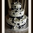 130x130 sq 1312147746986 01.blackandwhiteweddingcake