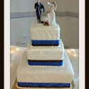 130x130 sq 1312148729517 17.hockeyfanweddingcake