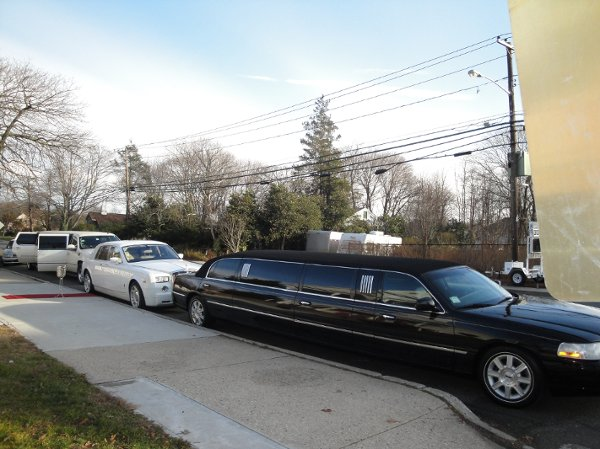 photo 27 of Legend Limousines, Inc.