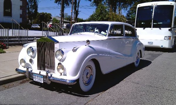photo 32 of Legend Limousines, Inc.