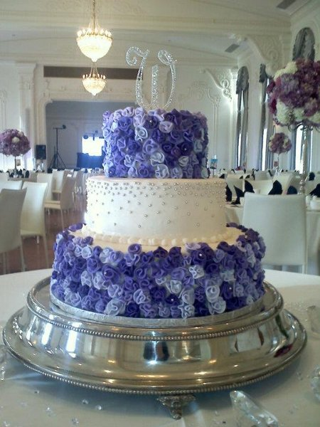 1352235096132 ribbonrose tulsa wedding cake