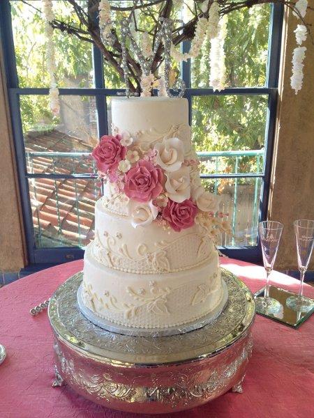 Cake Decorating Store Tulsa : Icing On The Top - Tulsa, OK Wedding Cake