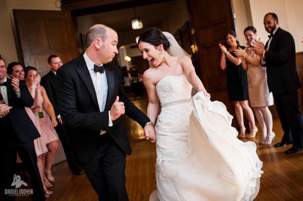 1384004130925 Nk060813059 Philadelphia wedding band