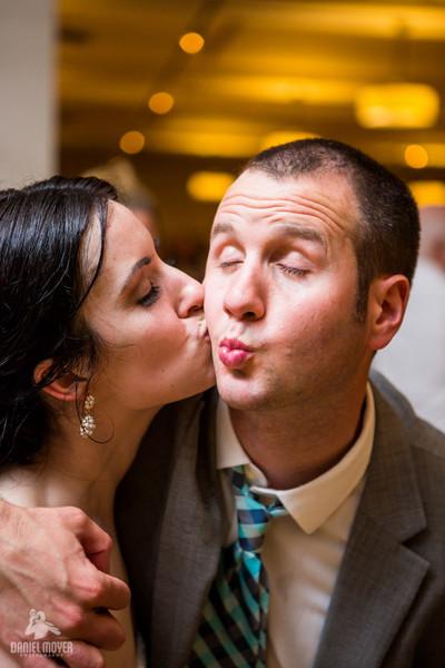 1384004224383 Nk060813109 Philadelphia wedding band