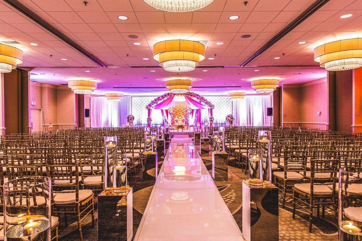 Hilton Kansas City Airport - Venue - Kansas City, MO - WeddingWire