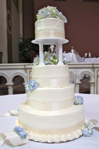 photo 1 of Weddings by Patti's Pastries
