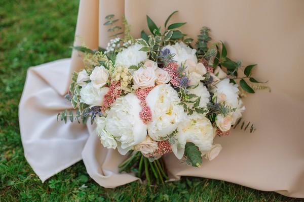 600x600 1500669732307 istock bouquet