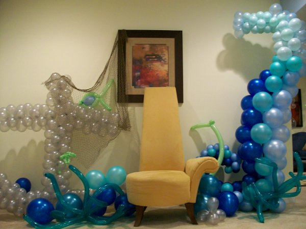 photo 3 of Balloons 'N Blooms